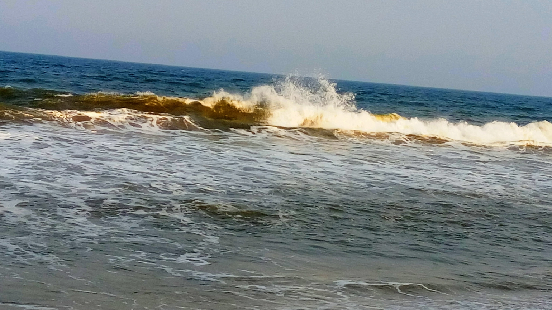Friends - Dancing Waves