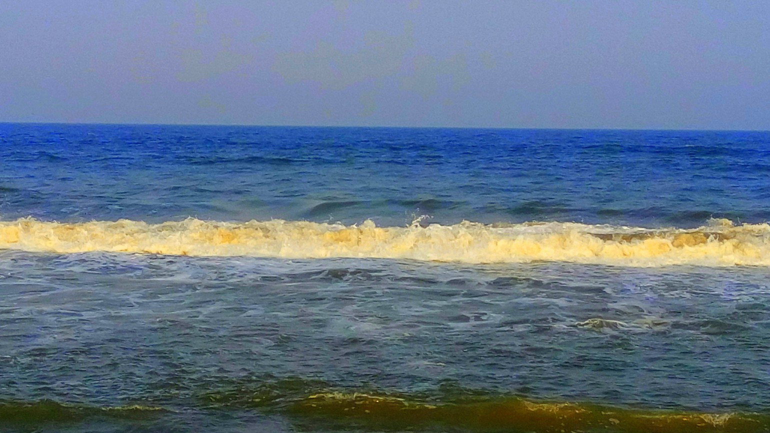 Blue - A picture of the Seawater blue