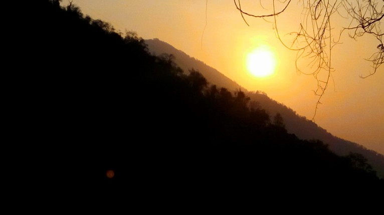 Bullie & Baarbie's Sunrise in the Nilgiris